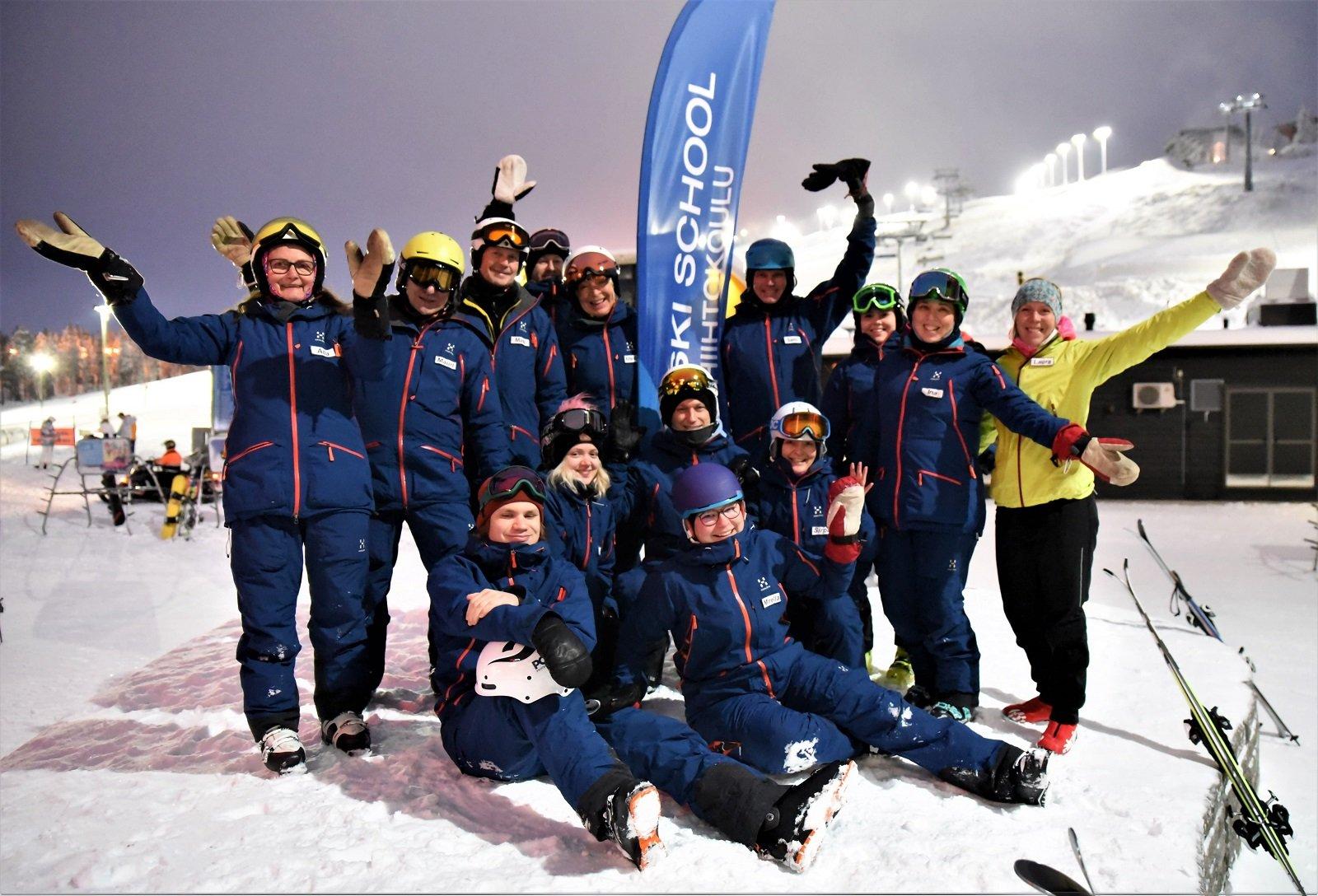 Kausiopettajia hiihdonopetukseen