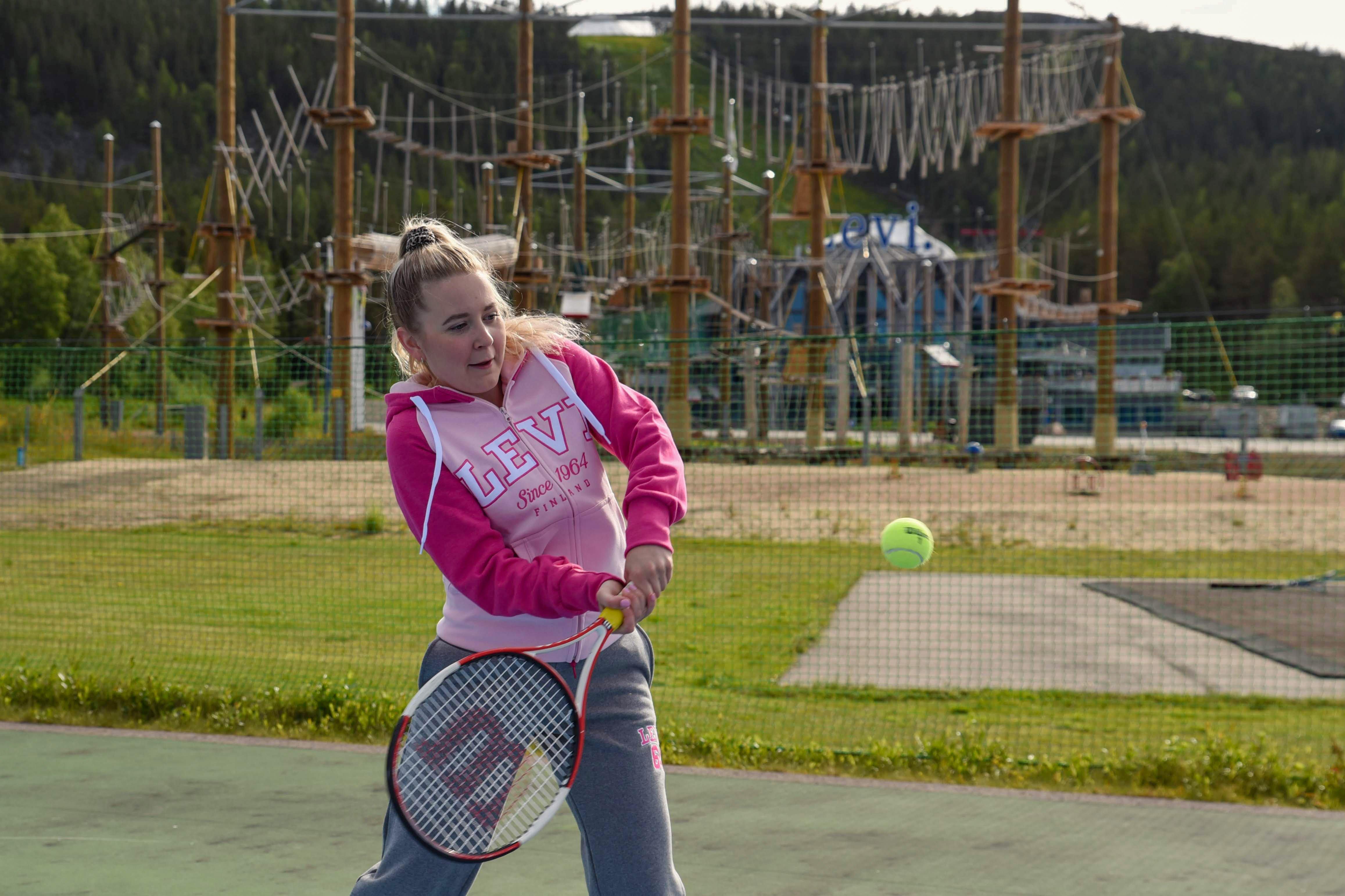 LeviSkiResort-Summer-tennis©ArcticAngle