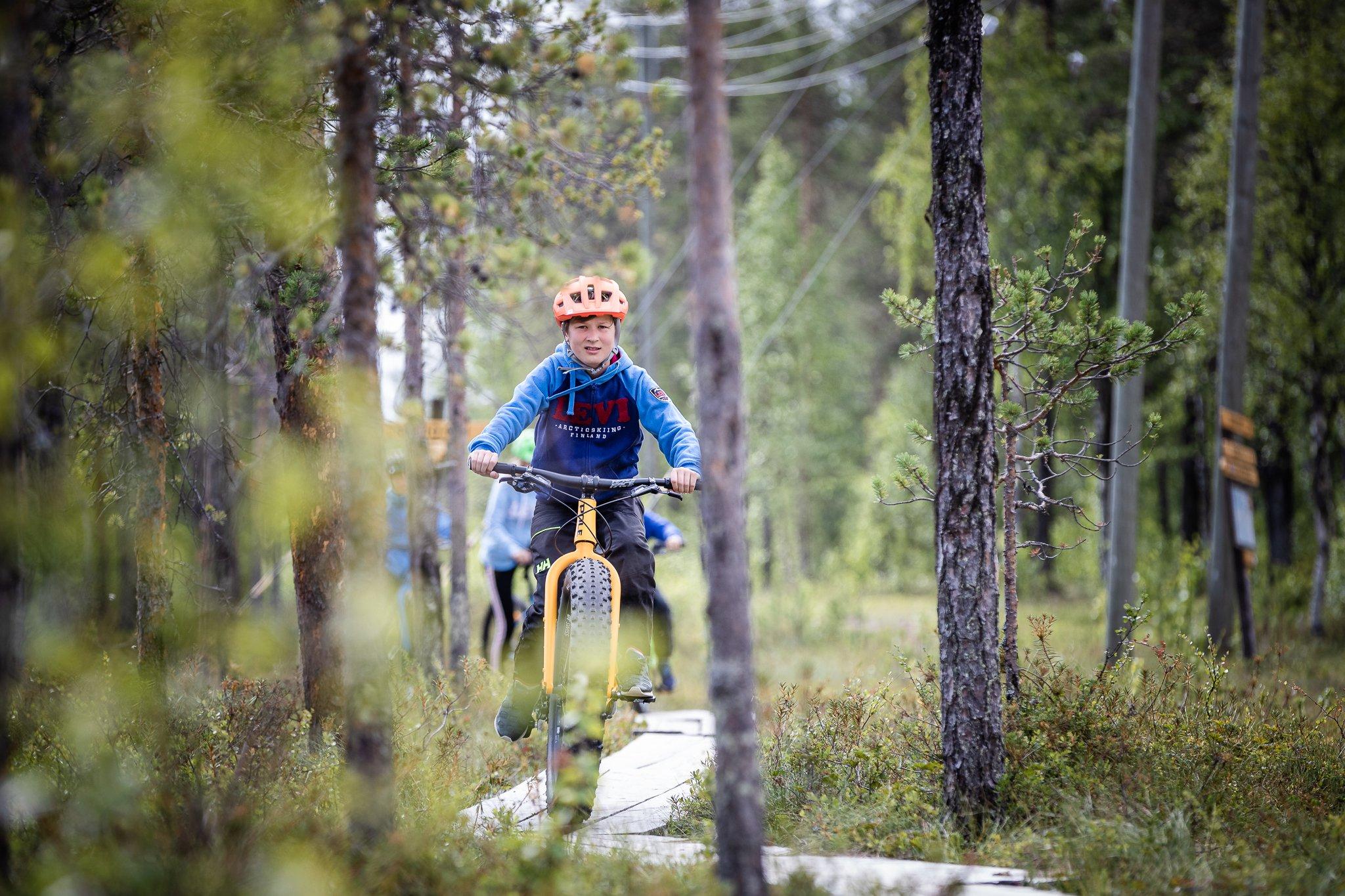 Levi_Outdoor_Resort_maastopyöräily