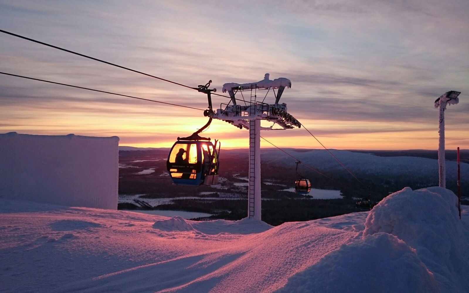 Levi_Ski_Resort_Lapland_midwinter